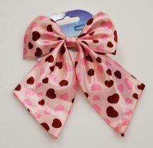 Rózsaszín alapon szívecskés  mintás kutya nyakkendő