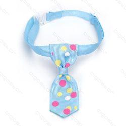Kék alpon nagy színes pöttyös kutyanyekkendő